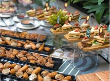 tiec-buffet-tai-nha