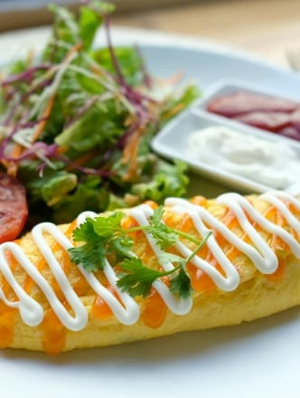Omelette & Salad