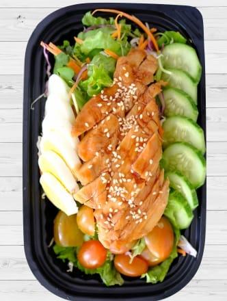 Salad Ức Gà BBQ & Trứng